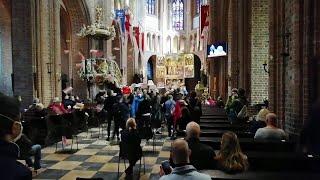 Polonia, proteste anche nelle chiese contro la nuova stretta contro il diritto all'aborto