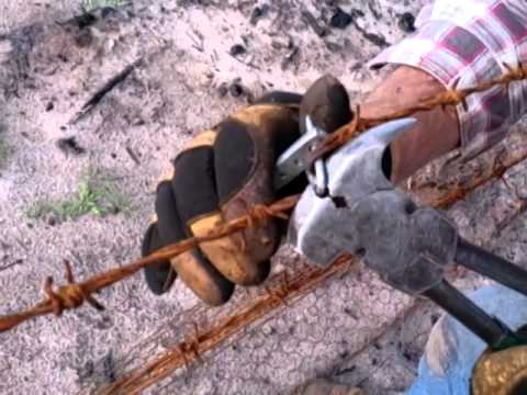 Tighten Barb Wire For 5 Cents Youtube