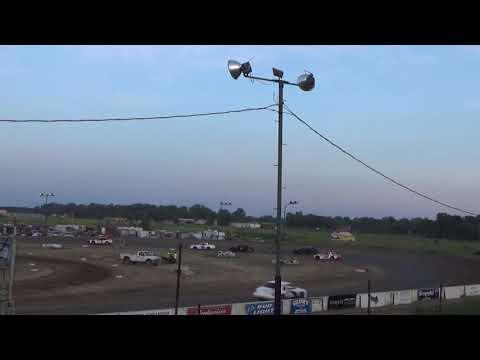 Street Stock Heat Race #4 at Mt. Pleasant Speedway, Michigan on 07-12-2019!