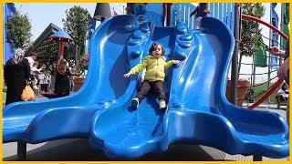 Çocuklar İÇİn Parkta Dev Kaydiraktan Kaydik!