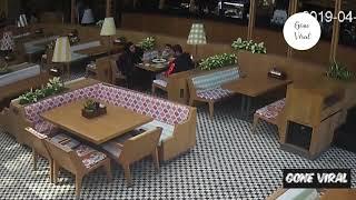 Quick-thinking Turkish waiter saves choking tourist's life