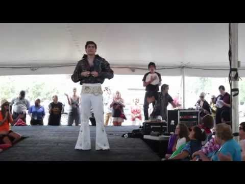 Taylor Rodriguez & Austin Irby sing 'Baby What Do You Want Me To Do' Elvis Week 2014 (video)