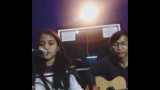 Hanin Dhiya - Despacito (Cover)