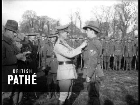 General Birdwood Presents Medals Aka Gen. Birdwood (1914-1918)