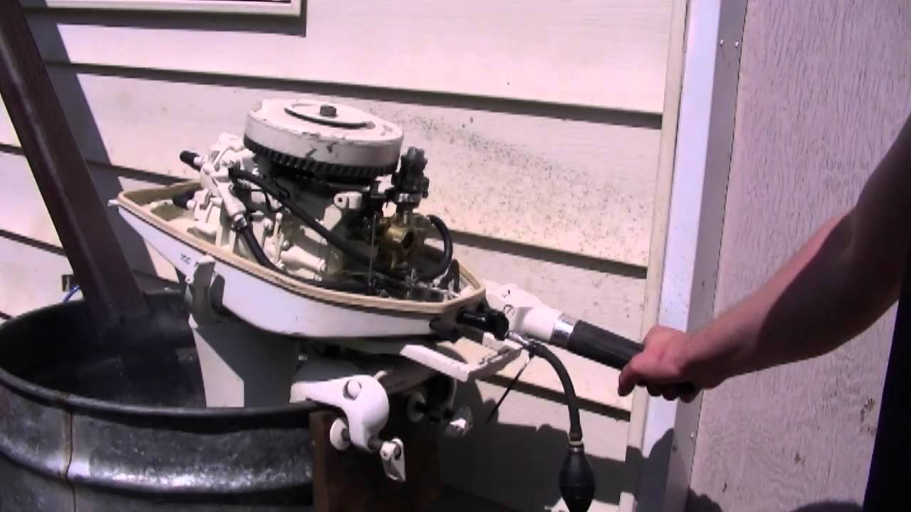 6hp Viking Outboard Motor Start Up And Fuel Pump Repair Tip Youtube
