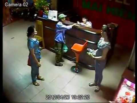 Giết người trong khách sạn (Sao24h.net)