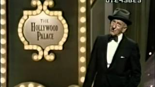 Hollywood Palace 4-12 Jimmy Durante (host), The Turtles, George Carlin, Peter Lawford