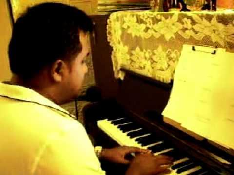 馬來西亞學生自彈自唱愛很簡單 -陶喆 成人,流行鋼琴,家裡一場大火,堵住了他的逃生出口,是活化大腦刺激劑! – 熟年誌