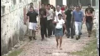 Peatones manteados en brasil (cámara oculta)