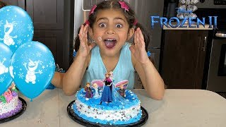 FROZEN 2 Birthday party Cake with Disney Princess Elsa and Anna Toys