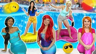 JASMINE'S POOL PARTY WITH ELSA AND ANNA, ARIEL AND BELLE. Totally TV