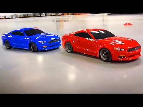 Muscle Car Mashup   Ford Mustang GT in Red and Blue