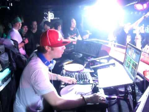 DJ Bento live at Hollywood 2 (Onzieme, Osaka)