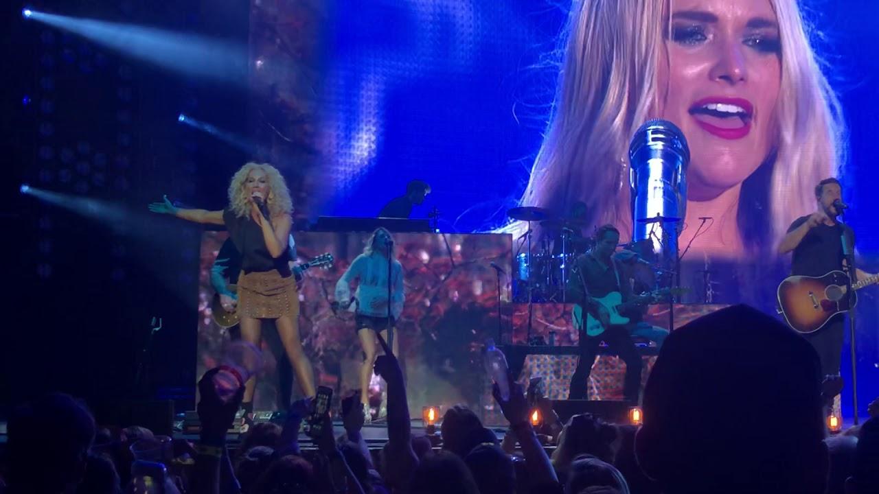 Little Big Town & Miranda Lambert Closing Medley