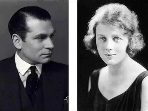 Goodbye, Mr. Chips (1939) - Laurence Olivier & Edna Best - Special guest James Hilton