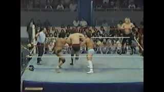 Ricky Steamboat & Jimmy Snuka vs Steve Lombardi & Barry O