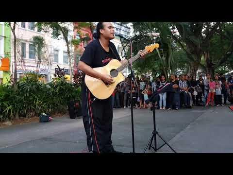 Mimpi Yg Pulang,,lagu Iklim Yang Menyentuh Sanubari Dari Sentuhan Buskers