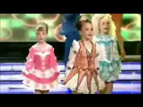 Geraldine McQueen -  Britains Got The Pop Factor Final Song