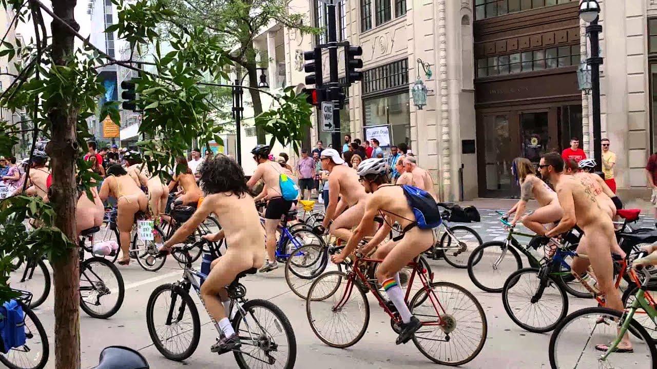Videos of nude women posing