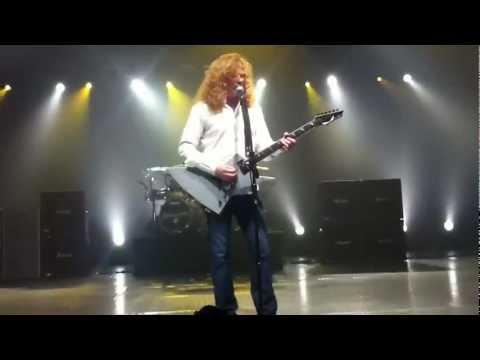 Trust [Megadeth Live In Manila]