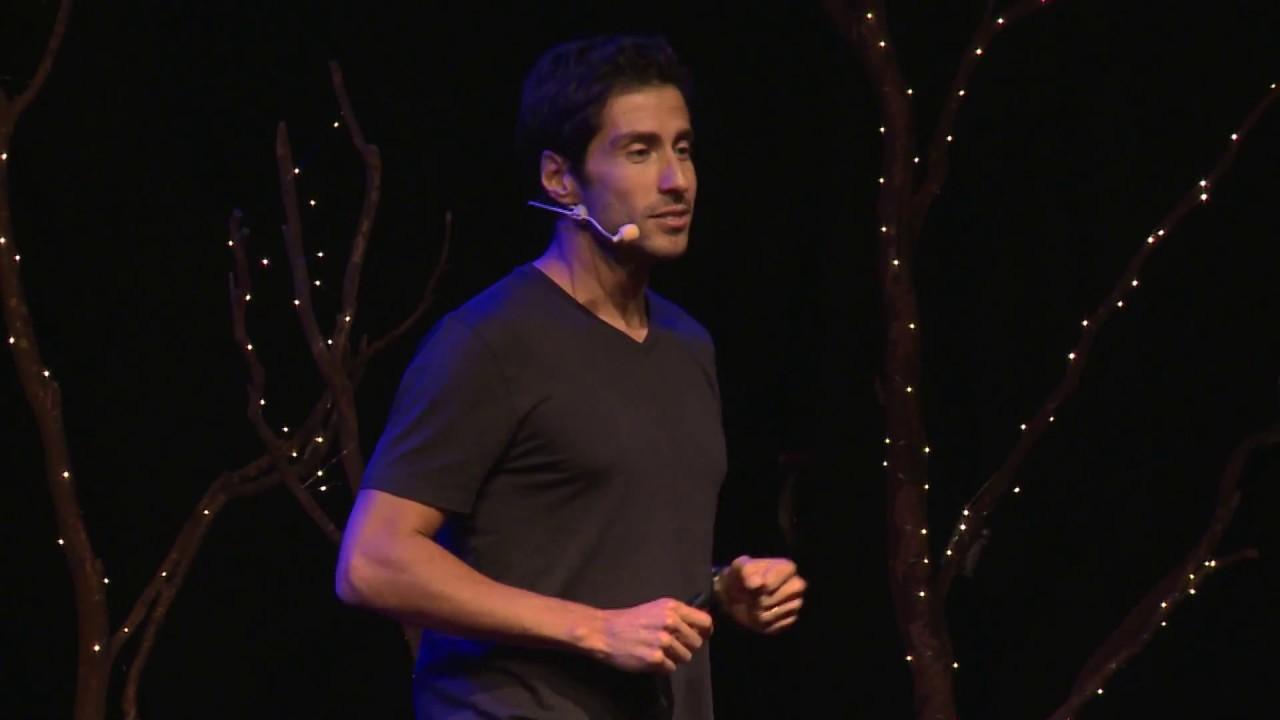 Quema Calorías y Salva Vidas / Burn Calories and Save Lives   Eduardo Della Maggiora   TEDxElArrayán
