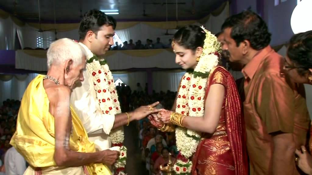 Priya raman ranjith wedding bands
