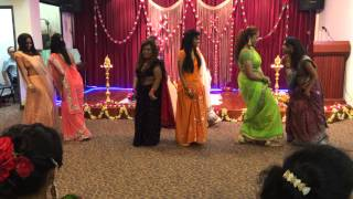 Nieces gathered to perform this beautiful dance for bangle ceremony wedding