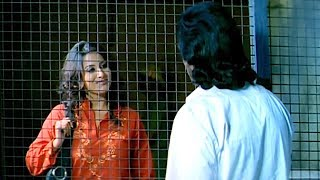 Pooja Gandhi come to meet Upendra in Jail | Kannada Matinee