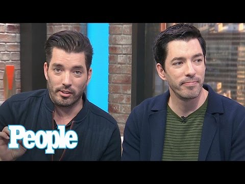 SNL: Property Brothers Make Pitch To Host, Talk Leslie Jones & Celeb Stories | People NOW | People