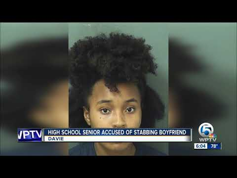 Teen accused of stabbing, biting ex-boyfriend near Palm Beach Gardens High School football field