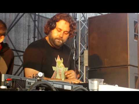 WIGHNOMY BROTHERS @ Balaton Sound 2009 07 11  HD