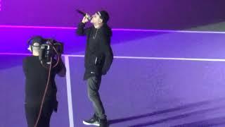 Ceza, Fark Var şarkısıyla tribünleri hareketlendirdi.  Çağla Büyükakçay - Maria Sharapova maçı Video