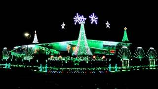 Six White Boomers - Sinnamon Lights 2012