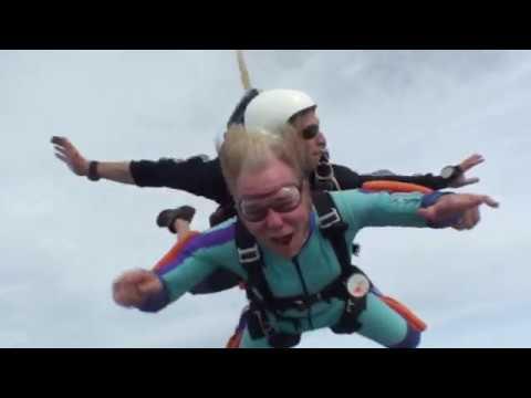 Noah Randall skydive