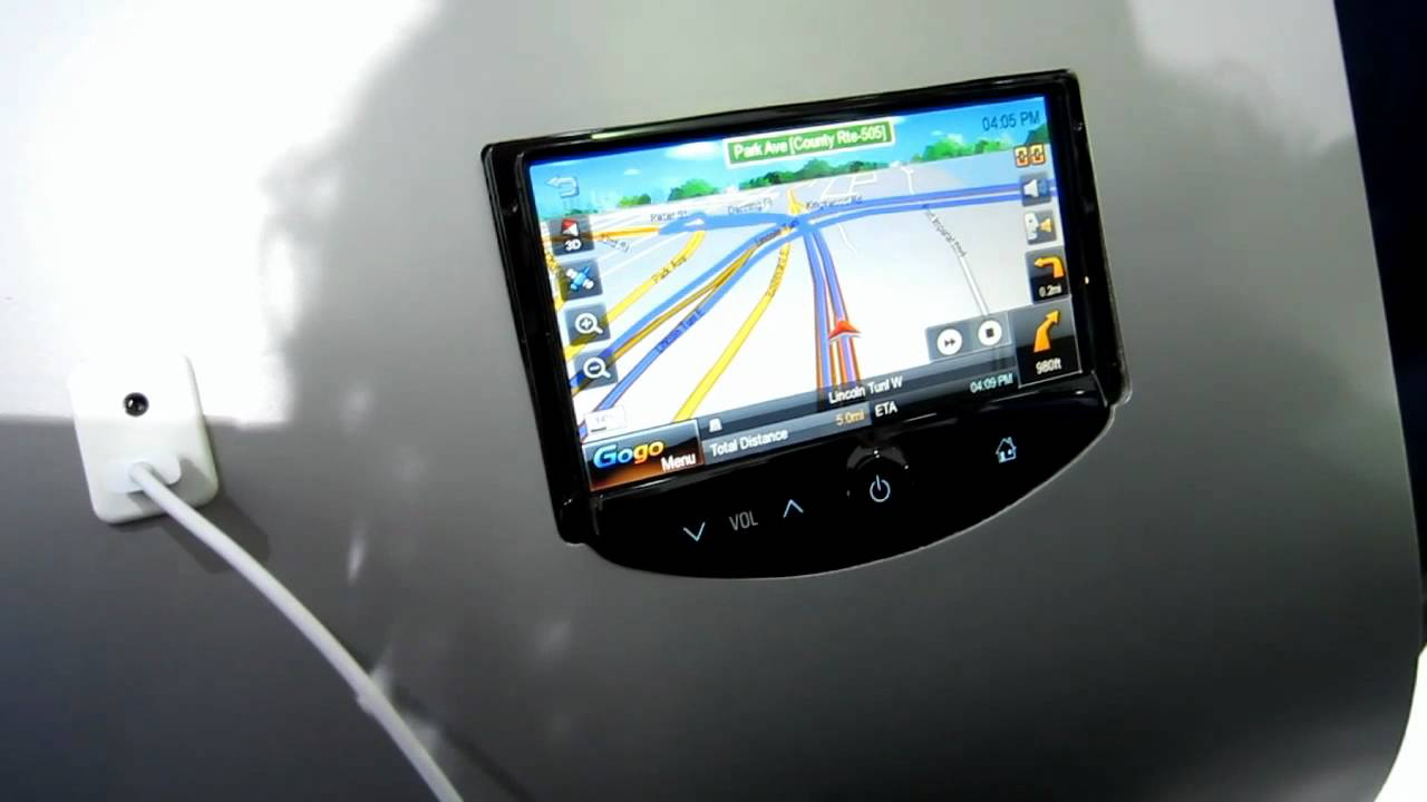 IHS Auto Reviews: Chevy Sonic MyLink System With GoGo Link Navigation Demonstration - YouTube