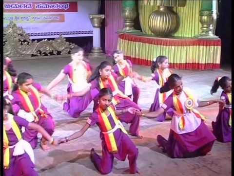 ee kannada mannanu maribeda dance