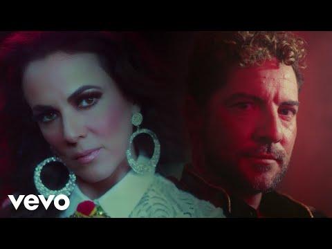 David Bisbal y Edith Márquez unen sus voces en Es complicado