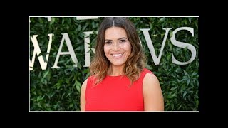 Mandy Moore Performs Her Old Cheerleading Routine to Delight of James Corden and Jenna Dewan | En...