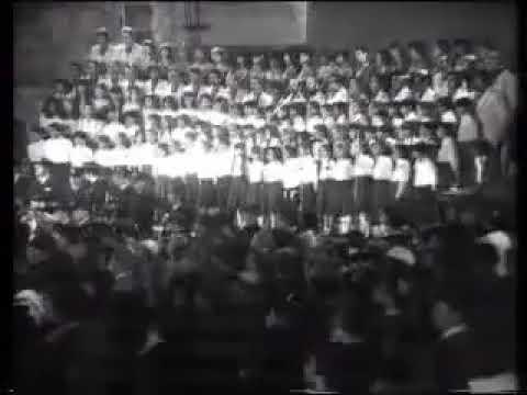 """טקס יום השואה תשמ""""א - מרן הרב עובדיה יוסף זצוק""""ל בקריאת שיר מזמור לאסף."""