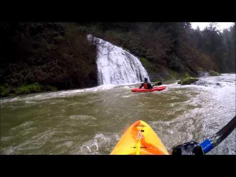 Drift Creek (Siletz drainage) @ est. 1500cfs - Oregon Whitewater Kayaking