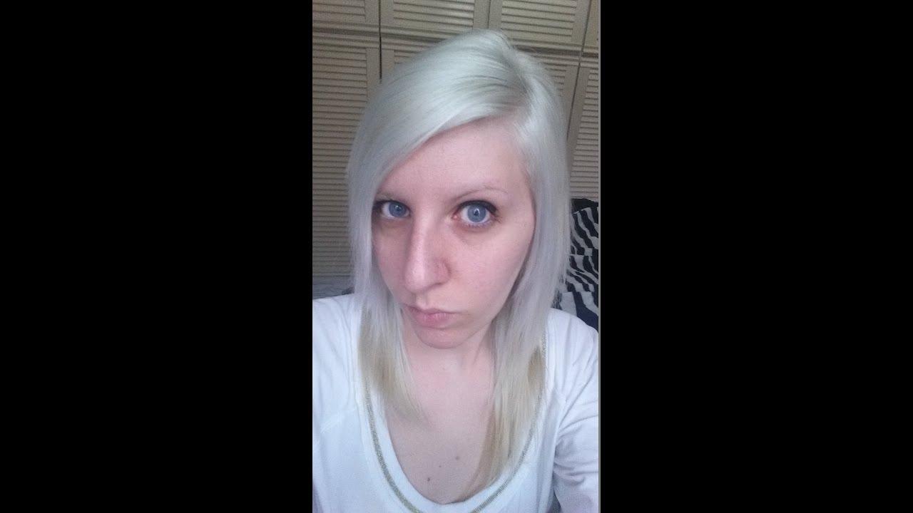 Bleach White Toner tonalizzante bianco per capelli biondi - YouTube e6465c541946