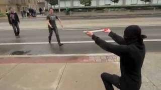 Прикол на улице - Нападение ниндзя