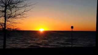 Beautiful Sunset 5 With Relaxing Waves (HD)