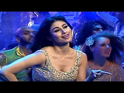Mouni Roy Gearing Up For Her First Bollywood Item Number For Movie Tum Bin II | #TellyTopUp
