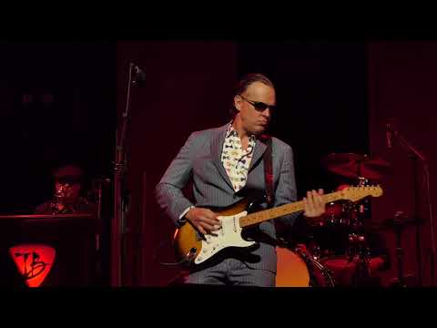 Joe Bonamassa - King Bee Shakedown - 11/30/18 Queen Elizabeth Theatre - Vancouver, BC