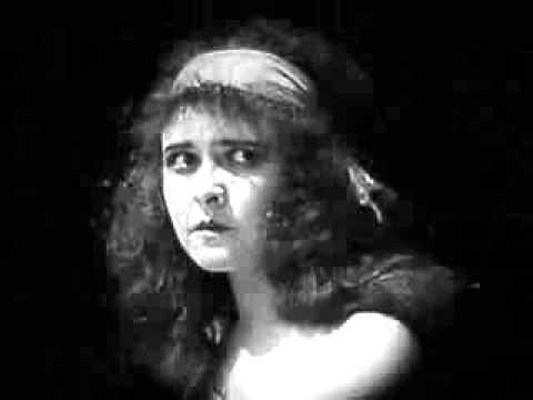 Ver Lucrezia Borgia (1922) en Español