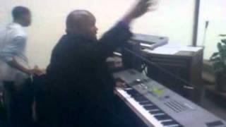 Apostle J.Cortez Vaughn-I love to praise your name