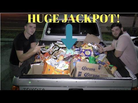 Crazy Huge Dumpster Diving MEGA JACKPOT!!!! Over $2,500 Worth Of Free Stuff!!!
