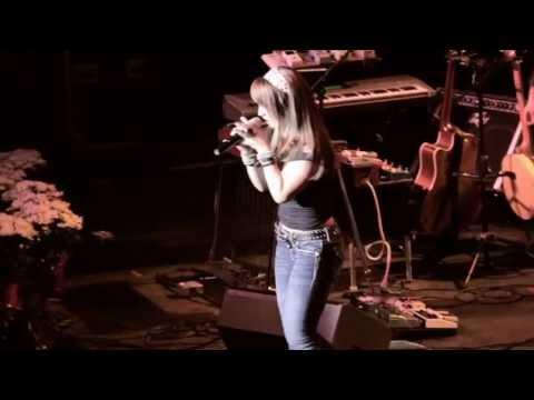 Rachele Lynae | Fishin' For Something | On Tour