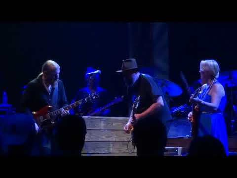 Let Me Roll It  - Tedeschi Trucks Band July 3, 2018